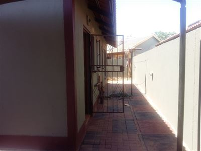 Rustenburg, Boitekong Property    Houses For Sale Boitekong, Boitekong, House 3 bedrooms property for sale Price:490,000