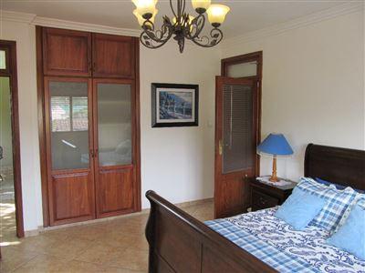 Umtentweni property for sale. Ref No: 13539011. Picture no 26