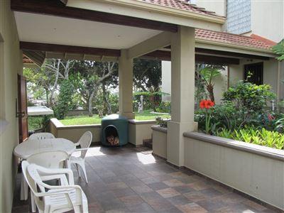 Umtentweni property for sale. Ref No: 13539011. Picture no 36