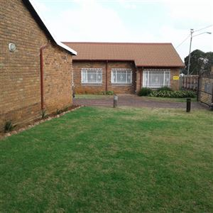 Germiston, Lambton Gardens Property  | Houses For Sale Lambton Gardens, Lambton Gardens, Apartment 3 bedrooms property for sale Price:770,000