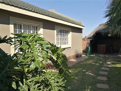 Dalpark property to rent. Ref No: 13539202. Picture no 23