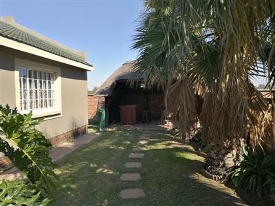 Dalpark property to rent. Ref No: 13539202. Picture no 24