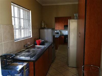 Dalpark property to rent. Ref No: 13539202. Picture no 3