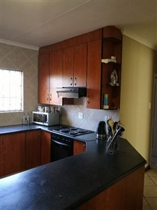 Dalpark property to rent. Ref No: 13539202. Picture no 4