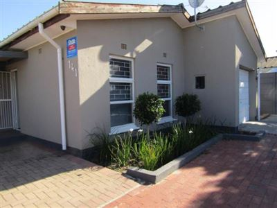 Kraaifontein, Peerless Park East Property  | Houses For Sale Peerless Park East, Peerless Park East, House 3 bedrooms property for sale Price:1,195,000