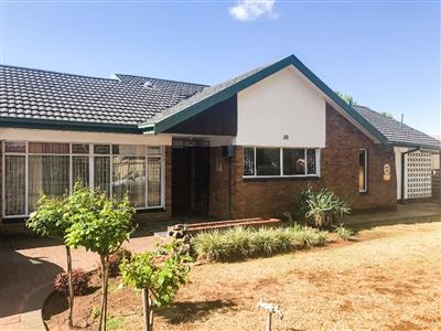 Bloemfontein, Fichardt Park Property  | Houses For Sale Fichardt Park, Fichardt Park, House 4 bedrooms property for sale Price:1,259,000