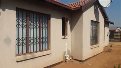Germiston, Roodekop Property  | Houses For Sale Roodekop, Roodekop, House 3 bedrooms property for sale Price:650,000