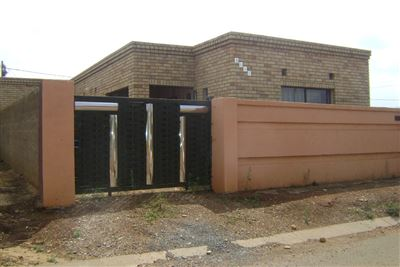 Evaton, Orange Farm Property  | Houses For Sale Orange Farm, Orange Farm, House 3 bedrooms property for sale Price:340,000