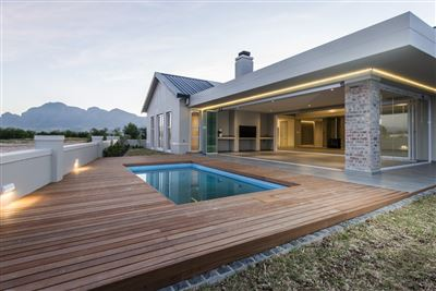 Val De Vie Estate property for sale. Ref No: 13531544. Picture no 1
