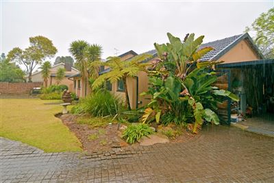 Randpark Ridge property for sale. Ref No: 13541008. Picture no 1
