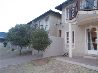 Johannesburg, Moffat View Property  | Houses For Sale Moffat View, Moffat View, House 2 bedrooms property for sale Price:580,000
