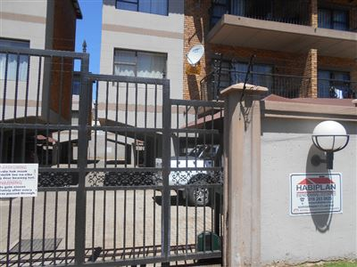 Potchefstroom Central property for sale. Ref No: 13541672. Picture no 1