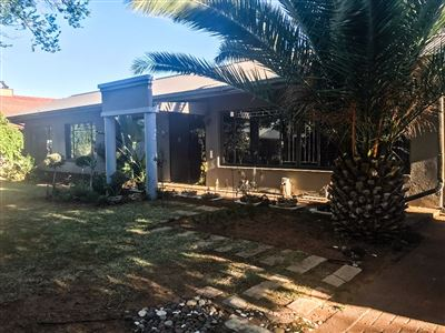 Bloemfontein, Fichardt Park Property  | Houses For Sale Fichardt Park, Fichardt Park, House 4 bedrooms property for sale Price:1,540,000