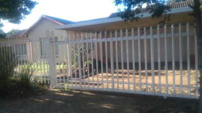 Johannesburg, Tulisa Park & Ext Property    Houses For Sale Tulisa Park & Ext, Tulisa Park & Ext, House 3 bedrooms property for sale Price:750,000