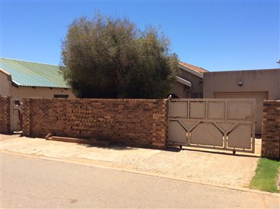 Soweto, Protea Glen Property    Houses For Sale Protea Glen, Protea Glen, House 2 bedrooms property for sale Price:490,000