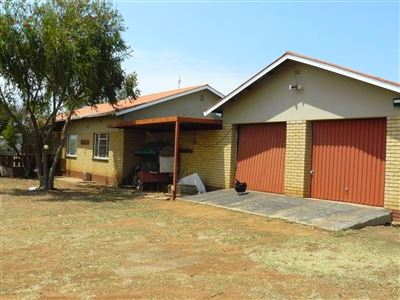Property and Houses for sale in Kameelfontein, House, 3 Bedrooms - ZAR 4,375,000