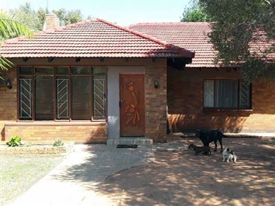 Stilfontein, Stilfontein Property  | Houses For Sale Stilfontein, Stilfontein, House 3 bedrooms property for sale Price:600,000