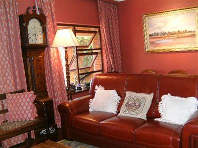 Pretoria, Waterkloof Property    Houses To Rent Waterkloof, Waterkloof, Apartment 1 bedrooms property to rent Price:,  6,00*