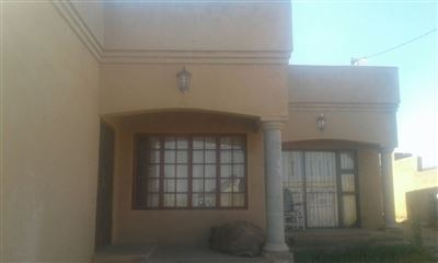 Property and Houses for sale in Soshanguve, House, 4 Bedrooms - ZAR 651,000