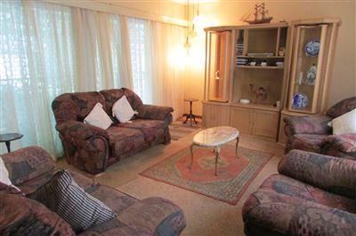 Sinoville property for sale. Ref No: 13543593. Picture no 1