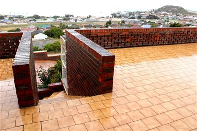 Saldanha Central property for sale. Ref No: 13544163. Picture no 6