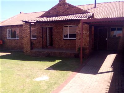 Witbank, Reyno Ridge & Ext Property  | Houses To Rent Reyno Ridge & Ext, Reyno Ridge & Ext, Townhouse 3 bedrooms property to rent Price:,  7,00*