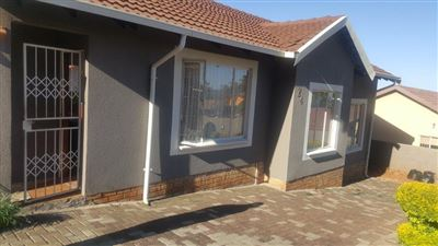 Tlhabane West property for sale. Ref No: 13544723. Picture no 1