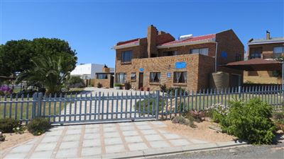 House for sale in Lamberts Bay