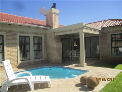 Van Der Hoff Park property for sale. Ref No: 13545428. Picture no 1