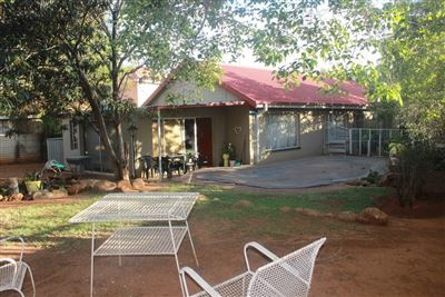 House for sale in Uitsig