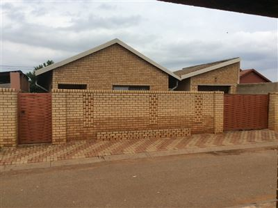 Soweto, Protea Glen Property  | Houses For Sale Protea Glen, Protea Glen, House 3 bedrooms property for sale Price:850,000