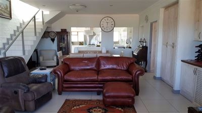 Property and Houses for sale in Jongensfontein, House, 5 Bedrooms - ZAR 4,620,000