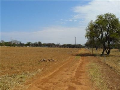 Farms for sale in Kameelfontein