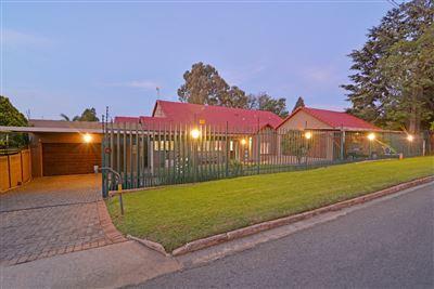 Krugersdorp, Breaunanda Property    Houses For Sale Breaunanda, Breaunanda, House 5 bedrooms property for sale Price:2,500,000