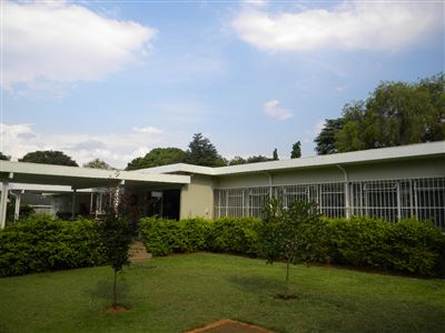 Property and Houses for sale in Meyerspark, House, 4 Bedrooms - ZAR 2,350,000