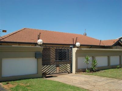 Roodepoort, Hamberg Property  | Houses For Sale Hamberg, Hamberg, House 4 bedrooms property for sale Price:995,000