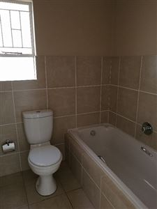 Ormonde And Ext property to rent. Ref No: 13546851. Picture no 7