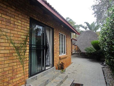 Safari Gardens And Ext property for sale. Ref No: 13515002. Picture no 1