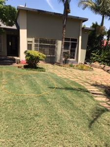 Property and Houses for sale in Valhalla, House, 3 Bedrooms - ZAR 1,995,000
