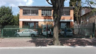 Johannesburg, Rosettenville Property  | Houses For Sale Rosettenville, Rosettenville, Apartment 2 bedrooms property for sale Price:350,000