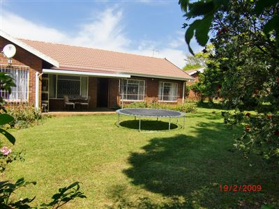 Howick, Howick North Property    Houses For Sale Howick North, Howick North, Townhouse 2 bedrooms property for sale Price:860,000
