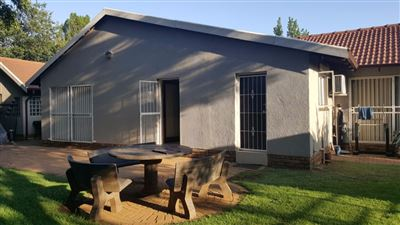 Brakpan North property to rent. Ref No: 13547814. Picture no 40