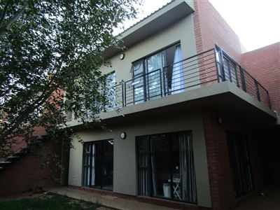 Bloemfontein, Arboretum Property  | Houses For Sale Arboretum, Arboretum, Townhouse 2 bedrooms property for sale Price:1,350,000