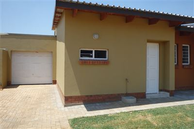 Rustenburg, Waterval East Property  | Houses To Rent Waterval East, Waterval East, Townhouse 3 bedrooms property to rent Price:,  8,00*
