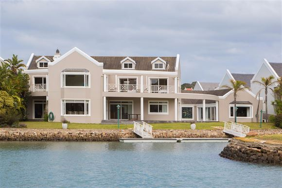 A Symphony of Elegance & Style on the Marina in Port Alfred
