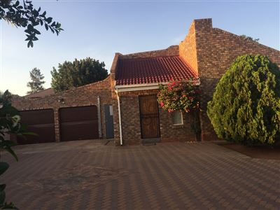 Property and Houses for sale in The Orchards Xx Ext, House, 3 Bedrooms - ZAR 1,300,000