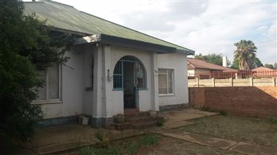 Bloemfontein, Naval Hill Property    Houses For Sale Naval Hill, Naval Hill, House 3 bedrooms property for sale Price:849,000