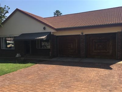 Parys property for sale. Ref No: 13550043. Picture no 1