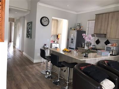 Somerset West property to rent. Ref No: 13550225. Picture no 6