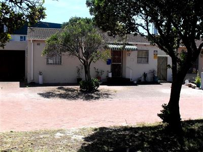 Goodwood, Edgemead Property  | Houses For Sale Edgemead, Edgemead, Retirement Home 2 bedrooms property for sale Price:1,590,000
